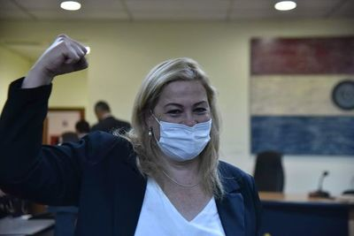 Fiscales apelan absolución de activista anticorrupción en caso por violación de cuarentena