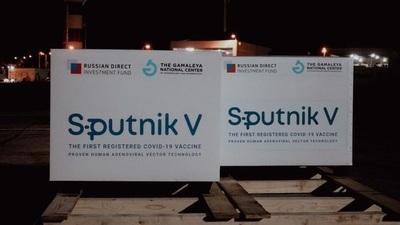Aguardarán certificado de buenas prácticas para liberar lote de Sputnik que llegará mañana