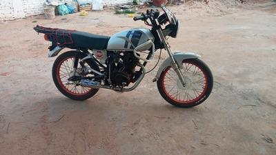 Horqueta: Incautan de un menor una moto con escape roncador