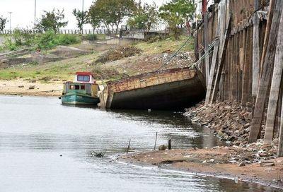 El río Paraguay amanece con el nivel más bajo de su historia