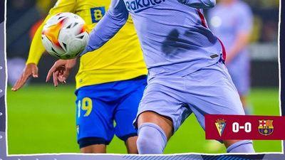 Arza fue titular en empate con el Barza