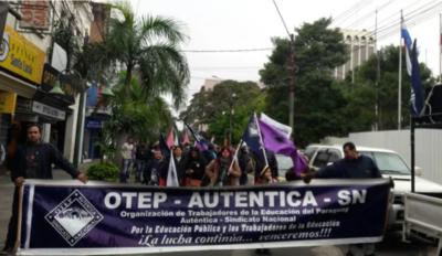 Huelga 1 de octubre: Docentes aguardan comunicación sobre reajuste salarial hasta 30 de setiembre