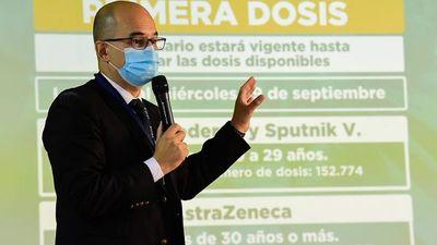 """Covid-19: Salud libera vacunas para primera dosis a mayores de 20 años """"hasta agotar stock"""""""