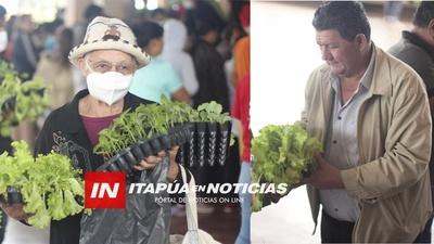 CÉSAR ROJAS ENTREGÓ PLANTINES HORTÍCOLAS A FAMILIAS DE SAN PEDRO