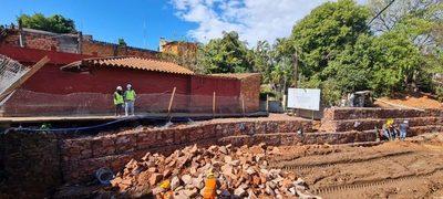 Obras de contención de los cauces Antequera y Tacuarí llegan a su etapa final