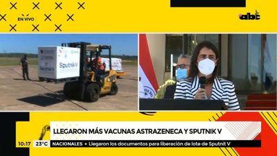 Llegaron más vacunas Astrazeneca y Sputnik V
