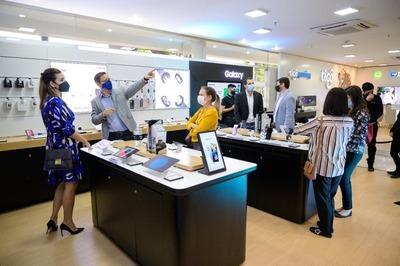 Samsung inaugura un espacio exclusivo en el edificio Tigo