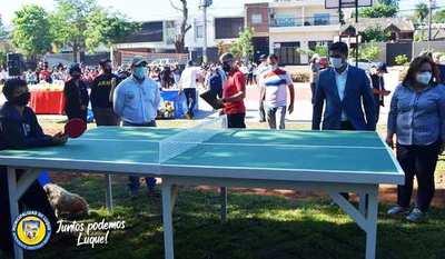 SND inaugura una plaza deportiva en Luque •