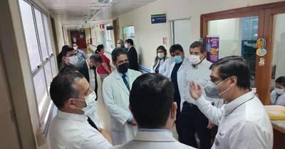 La Nación / Comitiva de IPS ratifica al HIRAP de CDE como Hospital Integrado