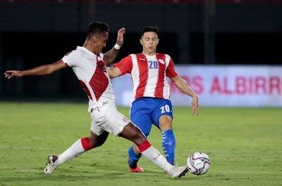 Riveros, a la Albirroja después de casi un año y sin partidos oficiales desde su lesión
