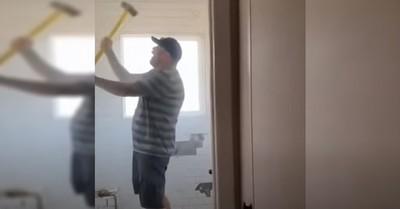Albañil destruyó baño que remodeló luego que la dueña decidiera no pagar lo acordado