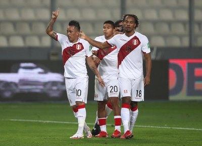 Una gran novedad entre los convocados de Perú para la triple fecha