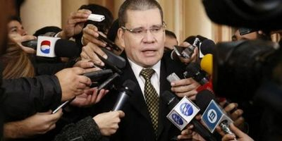 """Invasión de inmuebles: """"La excusa de que vamos a llenar cárceles implica admisión del delito"""", advirtió senador Barrios"""
