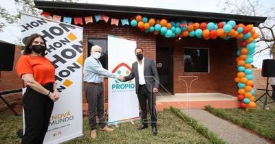 La Nación / Familias paraguayas se beneficiarán con viviendas