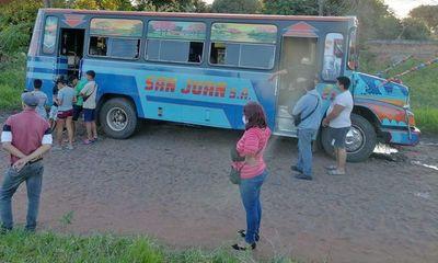 Mujer muere arrollada por bus en Ñemby
