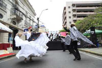 Primavera Asujoven Cultural en calle Palma