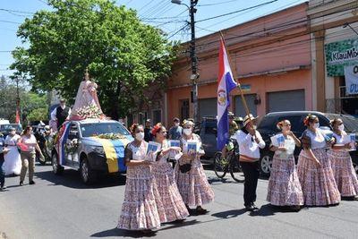 Inició la gran festividad Mariana en Luque, en honor a la Virgen del Rosario