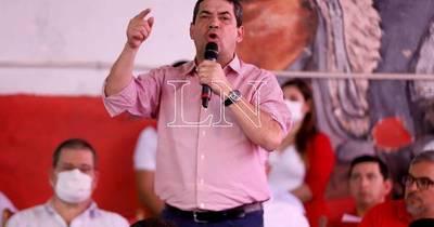 La Nación / Velázquez insta a los opositores a dejar la envidia de lado e imitar a la ANR