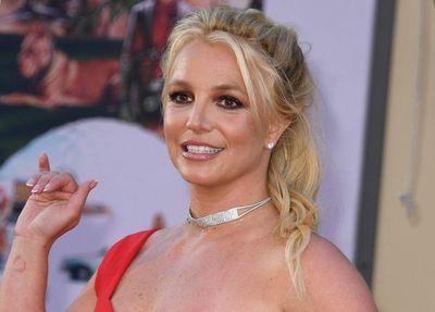 El padre de Britney Spears espiaba hasta sus conversaciones, según el NYT
