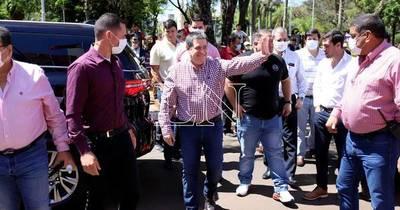 La Nación / Dirigencia colorada de Itapúa espera candidatura de HC a la ANR para apoyarla