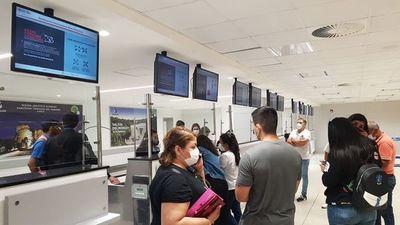 Silvio Pettirossi: Pasajeros no viajan a Madrid  por sobreventa de boletos