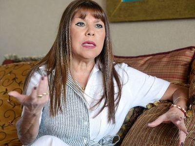 Dura crítica de diputada a fiscala general que pidió más cargos y aumento salarial