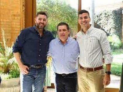 """Santiago Peña manifiesta expectativa de rápido tratamiento de """"ley anti invasiones"""" en Diputados"""