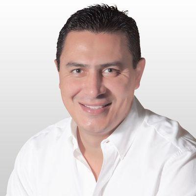 Vociferan a Carlos Echeverría, candidato colorado a la intendencia de Luque
