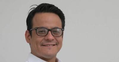 La Nación / Candidato a concejal apuesta por un nuevo coloradismo con jóvenes protagonistas