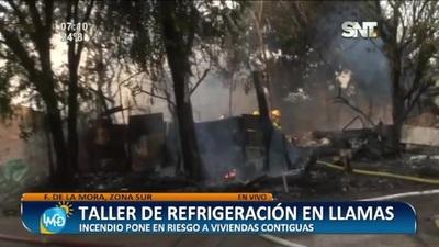 Se incendió un taller de refrigeración en Fernando de la Mora