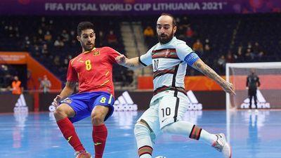 Portugal remonta a España y jugará semis contra Kazajistán
