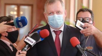 Ministro del MAG cuestiona a sectores que culpan a la producción por los cambios climáticos