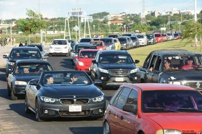 Caminera estima que 70.000 vehículos retornarán esta tarde a Asunción y Central