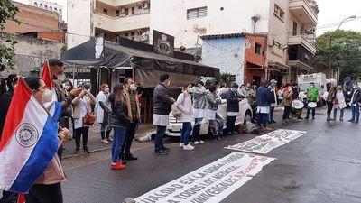 Médicos en huelga desde hoy por igualdad en la carga horaria