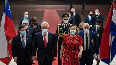 Arribó al Paraguay el presidente de Chile, Sebastián Piñera