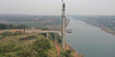 Obra del segundo puente con Brasil alcanza 70% de avance
