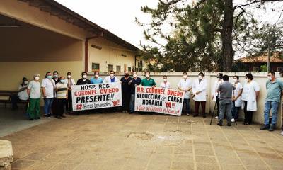 Médicos solo garantizan urgencias durante huelga nacional