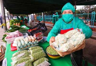 Productores realizan hoy la feria agropecuaria «De Raíz» en el Shopping Multiplaza