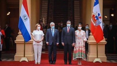Piñera anuncia donación de 100.000 vacunas anticovid a Paraguay