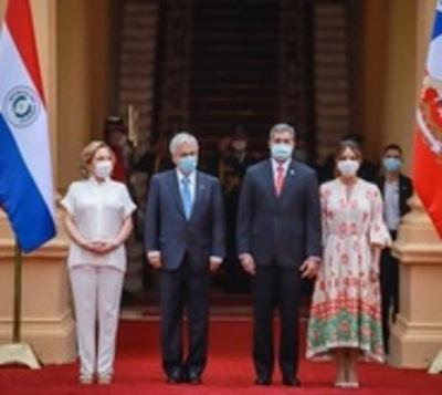 Piñera confirma donación de 100 mil vacunas para Paraguay