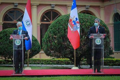 Mandatario chileno anuncia cooperación con otras 100.000 vacunas y proyectos de conectividad