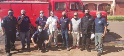 Sacerdote alemán dona reparación de un vehículo de bomberos en Concepción