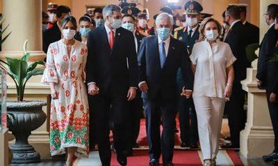 Presidente de Chile anunció la donación de 100.000 vacunas anticovid