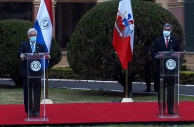 Sebastián Piñera anuncia donación de 100 mil vacunas contra COVID a Paraguay