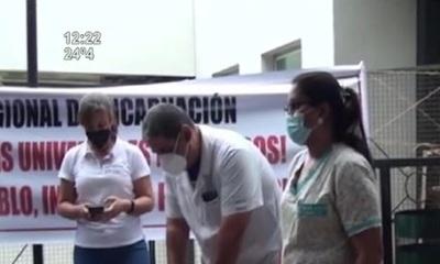 Médicos del Hospital Regional de Encarnación están en huelga
