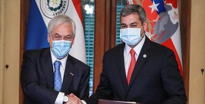 Presidente de Chile confirma donación de otras 100.000 vacunas a Paraguay