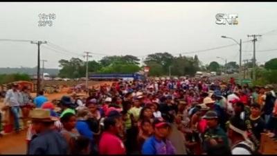 Tensión en Curuguaty: Indígenas protestan contra Ley anti-invasión