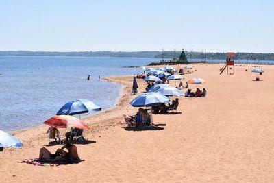 Playas y balnearios deben tener todos los permisos y un protocolo sanitario, dice el Mades