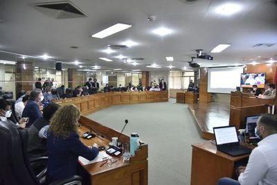 Junta Municipal de Asunción rechazó pedido de ampliación de salarios para funcionarios