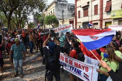 Sancionan ley que criminaliza la invasión de inmuebles – Prensa 5